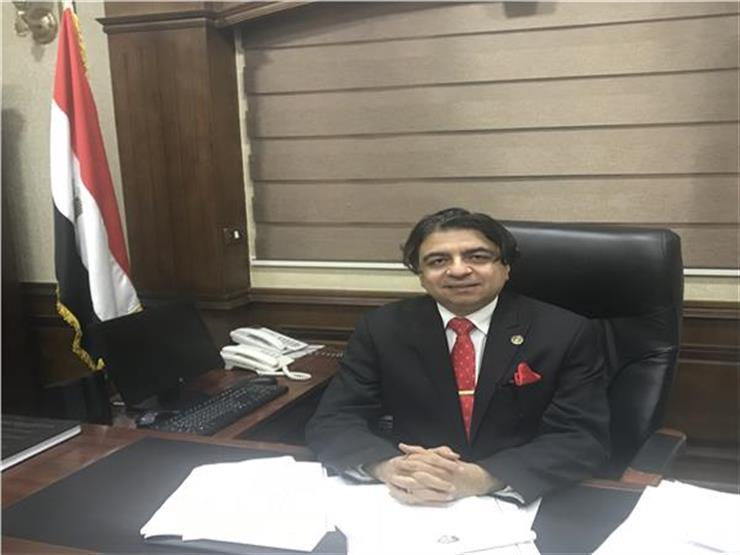 """بعد اتهامه بالتقصير.. عميد معهد القلب المُقال لمصراوي: """"حرام يتقال مشتغلناش"""""""