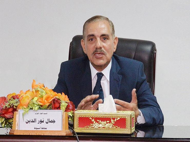 بسبب الإهمال.. محافظ كفر الشيخ يقرر وقف رئيس قرية مسير عن العمل