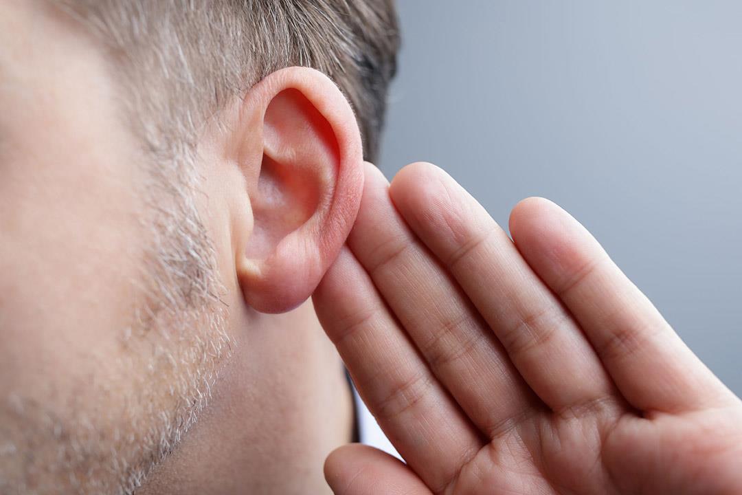 """""""FDA"""" تسمح بتسويق أول جهاز للسمع ذاتي التحكم"""