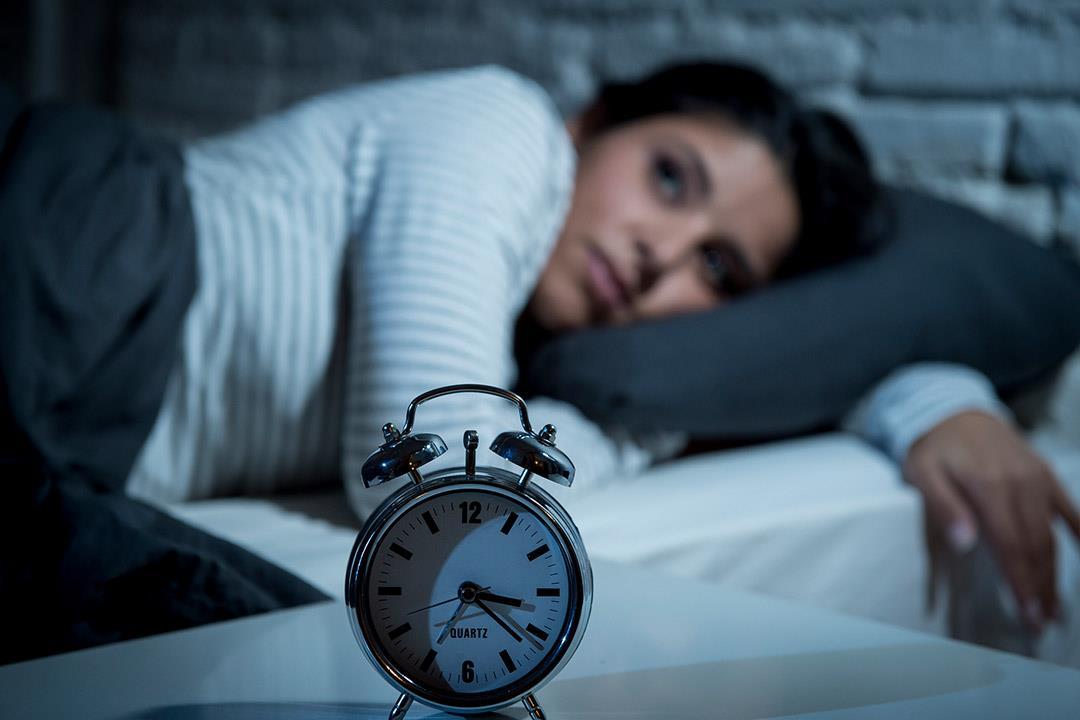 """التشتت وضعف الرغبة في النوم.. إليك أعراض """"الهوس الخفيف"""""""