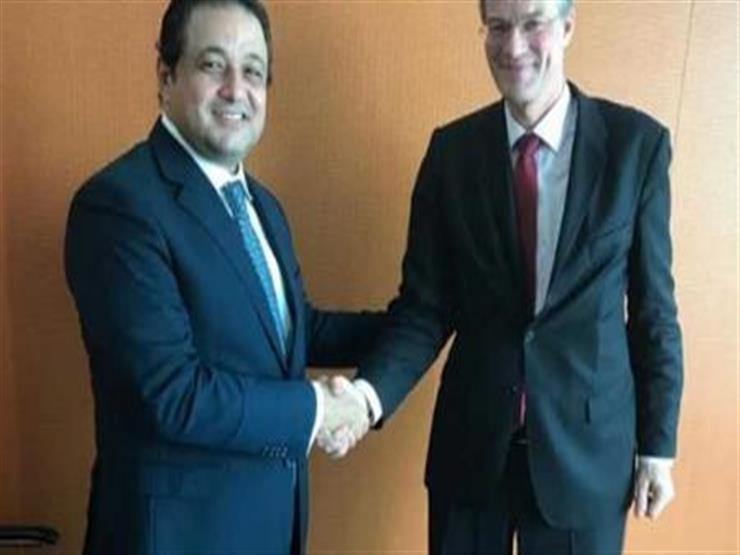 نائب محافظ القاهرة يبحث سبل التعاون مع سفير بيرو