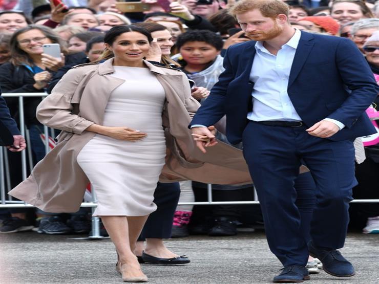 من إليزابيث إلى ميجان.. شاهد أزياء سيدات القصر البريطاني خلال حملهن