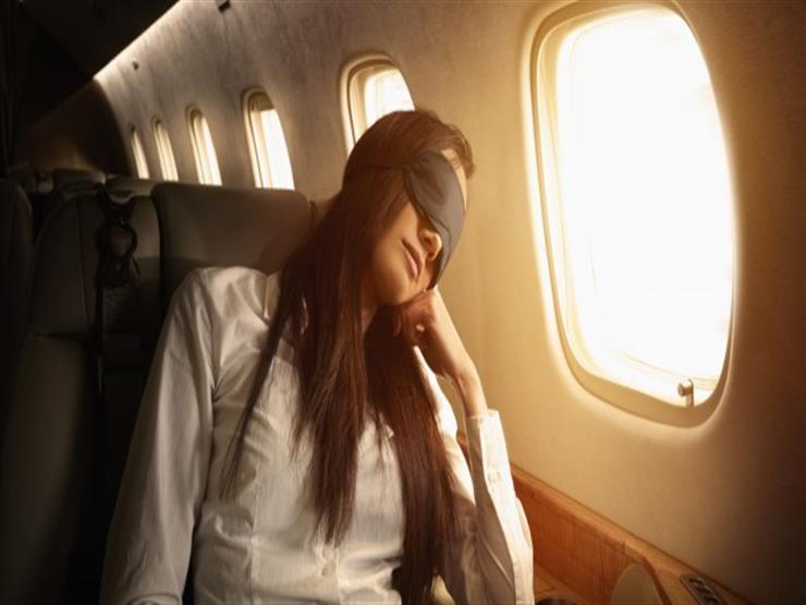 دراسة تحذر من النوم أثناء إقلاع وهبوط الطائرة