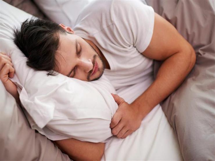 لخسارة الدهون.. احرص على النوم في هذه الفترة من اليوم