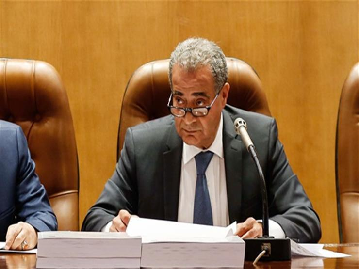 """وزير التموين: إلغاء """"البطاقات الذهبية"""" للمخابز خلال أسبوعين"""