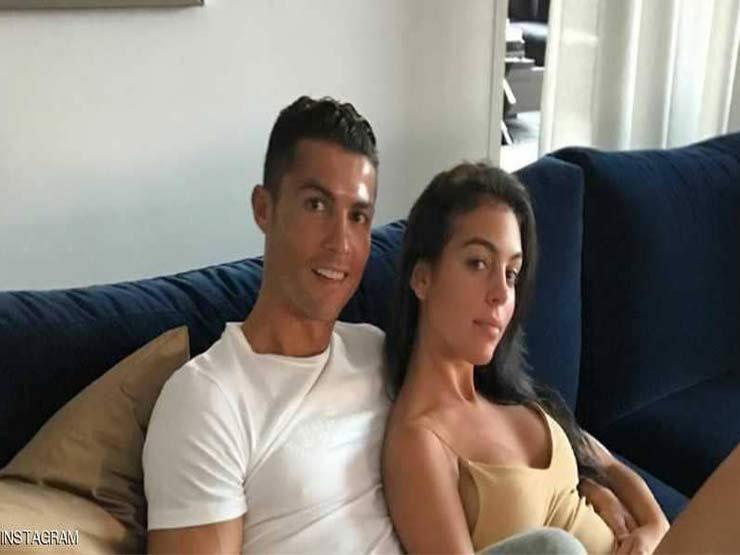 بعدما قرر رونالدو الزواج منها.. خاتم خطوبة أم أولاده بمبلغ ضخم تعرف على سعره