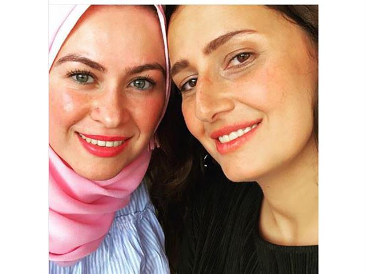 هذا ما قالته حلا شيحة عن صديقتها المحجبة