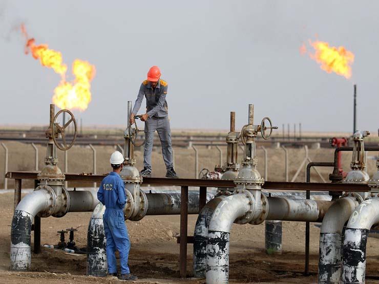أسعار النفط تهبط إلى نحو 62 دولارا للبرميل وتسجل أدنى مستوى في 2018
