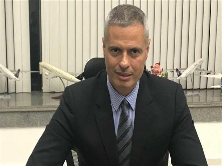 رئيس مصر للطيران يشارك في معرض باريس الدولي للطائرات