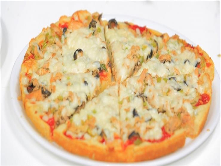 بيتزا مارجريتا على طريقة الشيف نجلاء الشرشابي