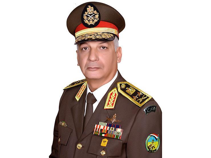 وزير الدفاع يطمئن على إجراءات تأمين منتدى شباب العالم