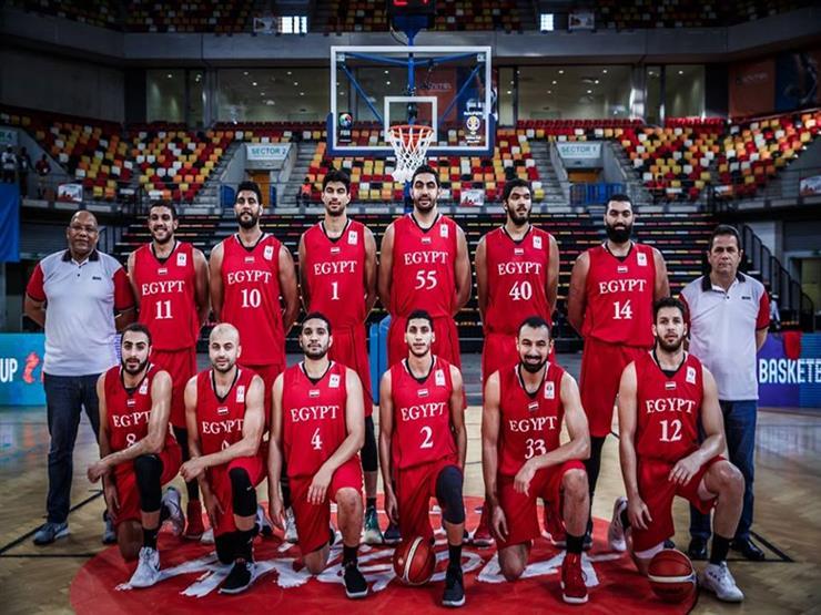 كرة السلة.. مصر تضع قدمًا في كأس العالم بفوز مثير على تونس