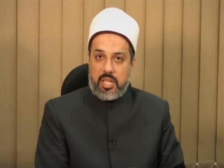 بالفيديو: هل يجوز للمرأة الحائض دخول المسجد ومس المصحف؟.. أمين الفتوى يوضح