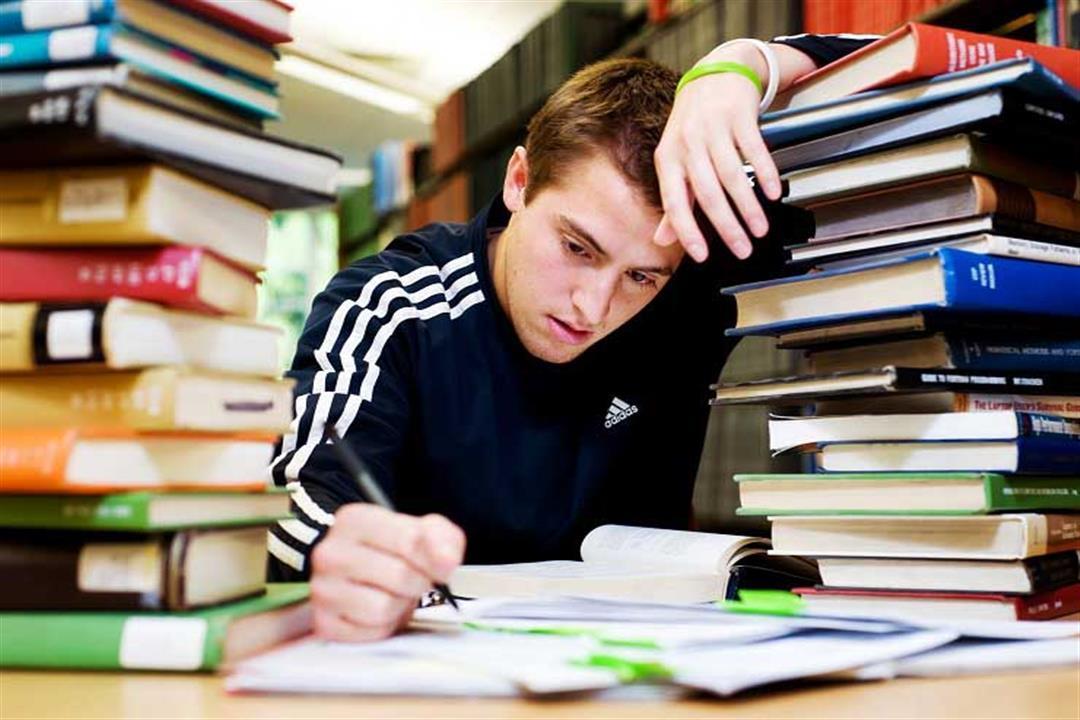 للطلاب.. 7 نصائح تحمي عينيك من الإجهاد أثناء المذاكرة