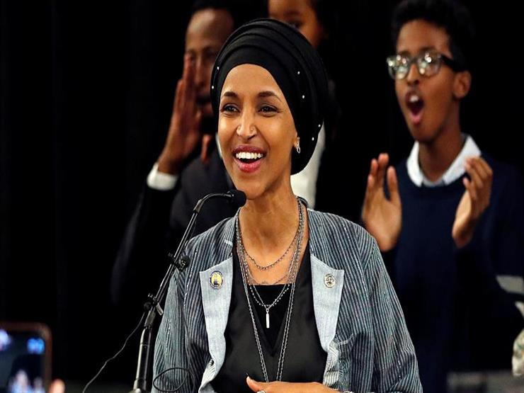 """""""إلهان عمر"""" أول لاجئة صومالية محجبة داخل الكونجرس الأمريكي"""