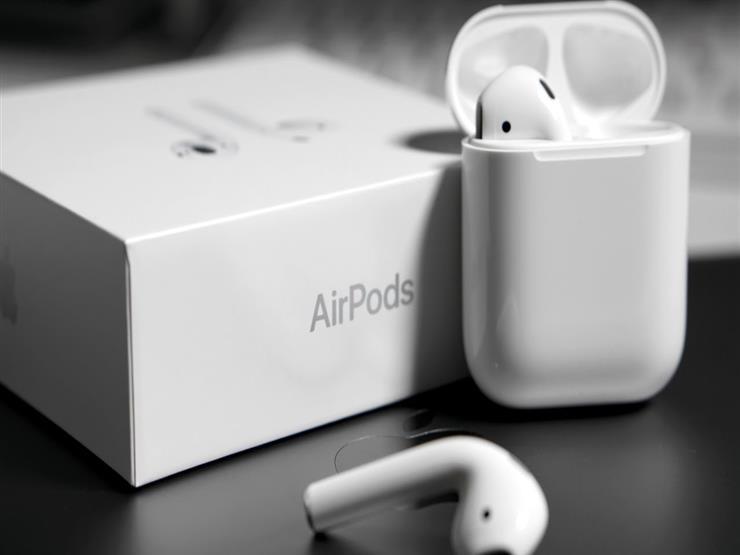 """براءة اختراع من """"أبل"""" لجيل جديد من سماعات """"AirPods"""""""