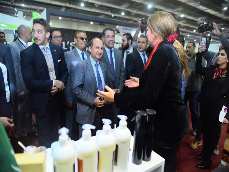 """وزير الصناعة يفتتح معرض """"بيزنكس 2018"""" للاستثمار والتوكيلات التجارية"""