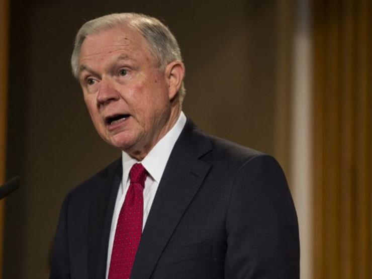 اللحظات الأخيرة لـ  جيف سيشنز  في وزارة العدل الأمريكية (فيد...مصراوى