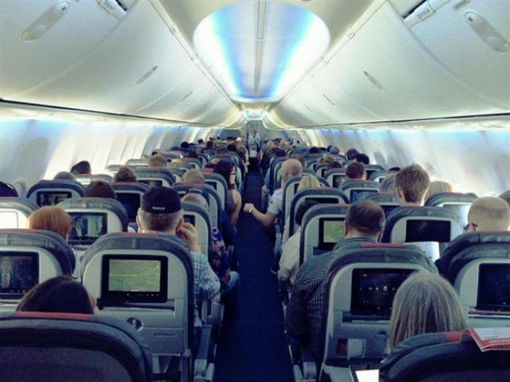 حيل بعض المسافرين للجلوس في الدرجة الأولى بسعر التذكرة الاقتصادية