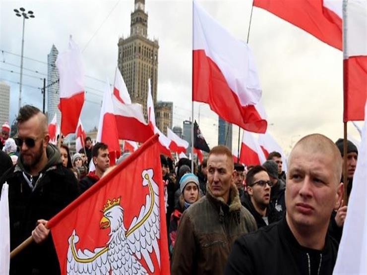 محكمة بولندية تلغي حظرا على تنظيم مسيرة للقوميين في وارسو