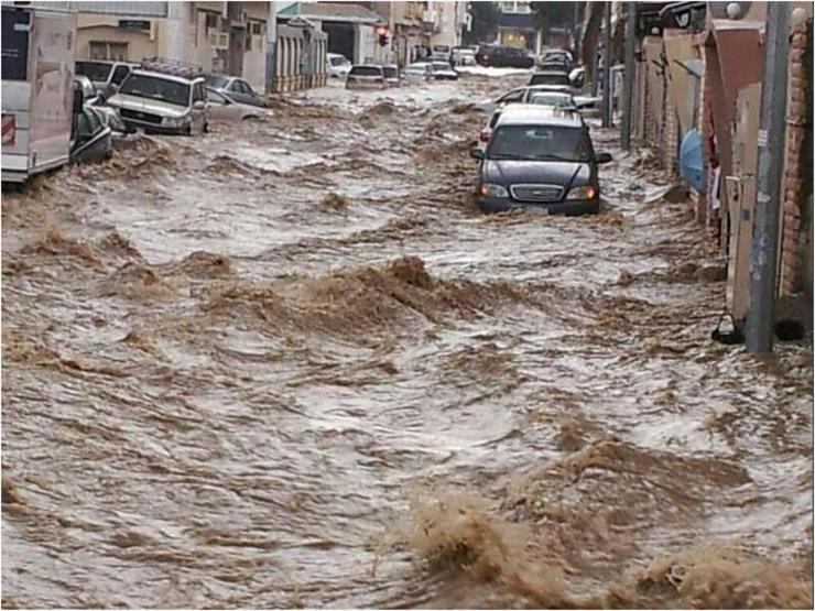 وفاة 4 أشخاص وفقد 3 آخرين في سيول بالأردن
