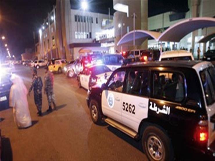 فيديو- إطلاق الشرطة الكويتية الغاز المسيل على تجمهر عالقين مصريين