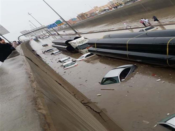 تعطيل الدراسة في جميع مدارس الكويت غدا بسبب الطقس السيئ