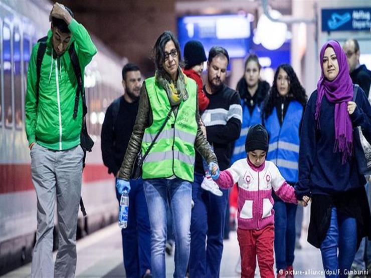 مهاجرون ولاجئون سابقون يرفضون استقبال اللاجئين الآن.. لماذا؟