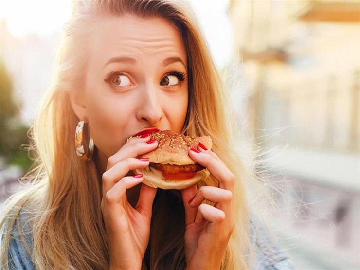 طرق فعالة لإنقاص الوزن دون الشعور بالجوع
