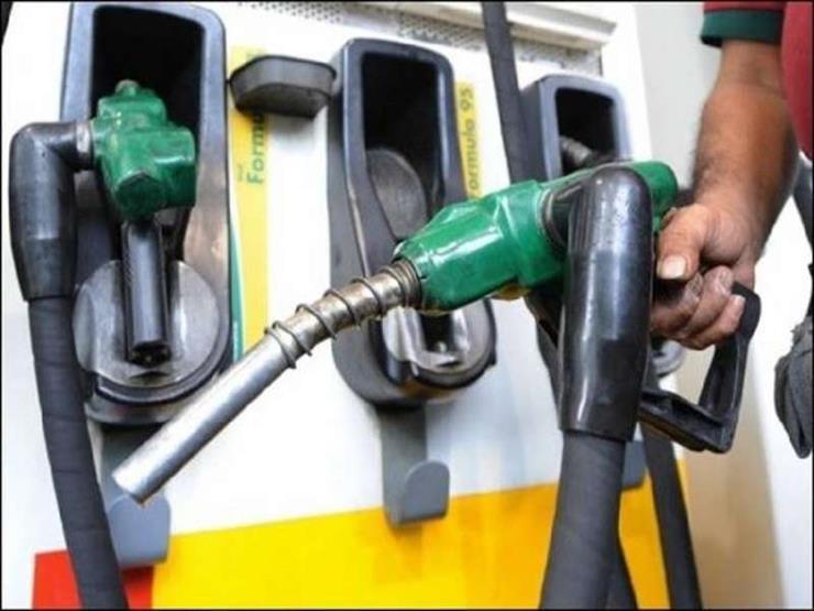 الحكومة تنفي صدور أي قرارات بشأن أسعار بنزين 95