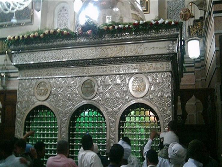 المفتي السابق: تحريم الصلاة في مسجد به ضريح فهم خاطئ لابن القيم