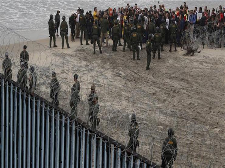 أمريكا تعتقل العشرات في سان دييجو أثناء مظاهرة قرب حدود المكسيك