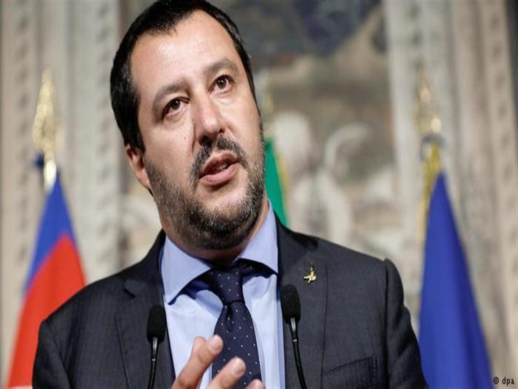 سالفيني يطلق حملة اليمينيين المتطرفين لانتخابات البرلمان الأوروبي في ميلانو