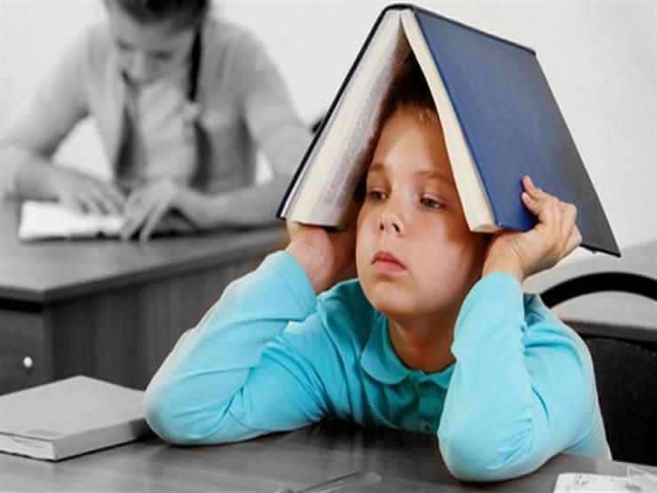 8 نصائح للتعامل مع طفلك خلال فترة الامتحانات