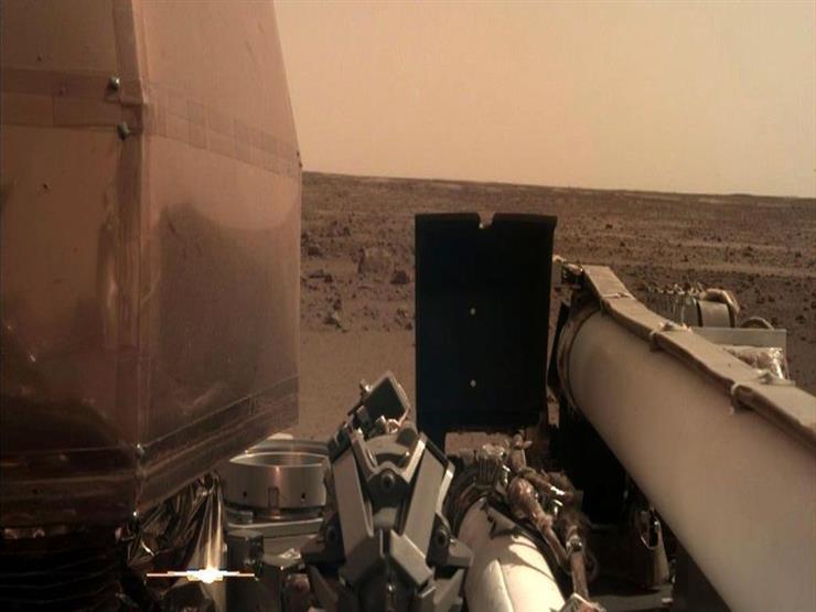 """مسبار """"ناسا"""" يلتقط أول سيلفي من المريخ (صورة)"""