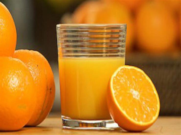 دراسة: كوب من البرتقال يقي من هذا المرض الخطير