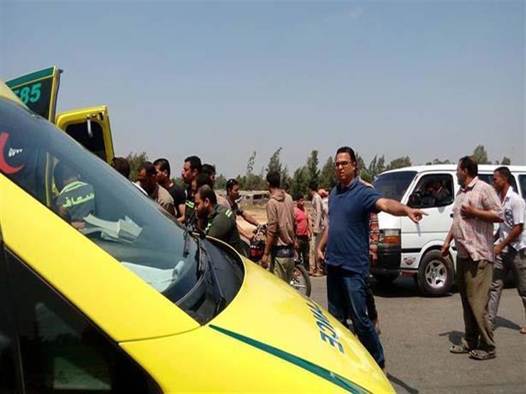 إصابة 6 في انقلاب سيارة ببني سويف