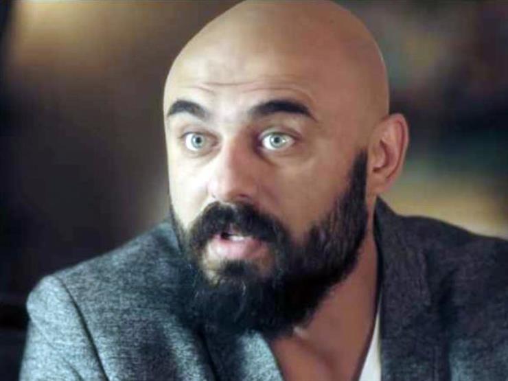 بالفيديو.. أحمد صلاح حسني يعلق على رقص السقا بالحصان