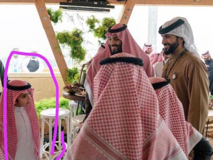 ظهور جديد لنجل محمد بن سلمان... ماذا يفعل مع ولي العهد؟
