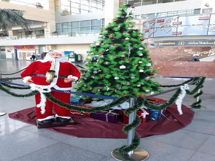 """مطار شرم الشيخ يتزين استعدادًا لاحتفالات """"الكريسماس"""" -(صور)"""