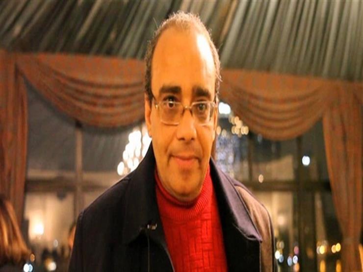محمود عبدالشكور ينشر صورة نادرة من الدورة الأولى لمهرجان القاهرة