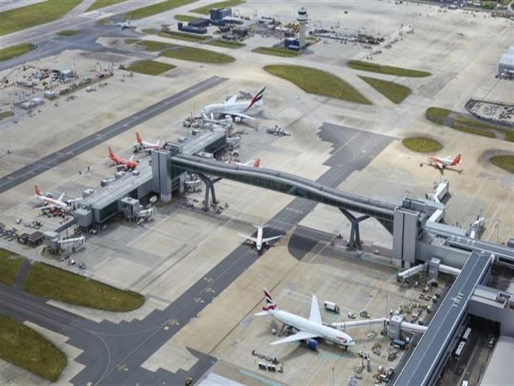 إعادة فتح مطار جاتويك جزئيا بعد شلل بسبب تحليق طائرات مسيرة حوله
