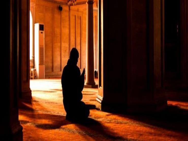 فتاوى الصلاة (35): صلاة الليل إذا قضيت بالنهار تكون سرًّا أم جهرًا؟