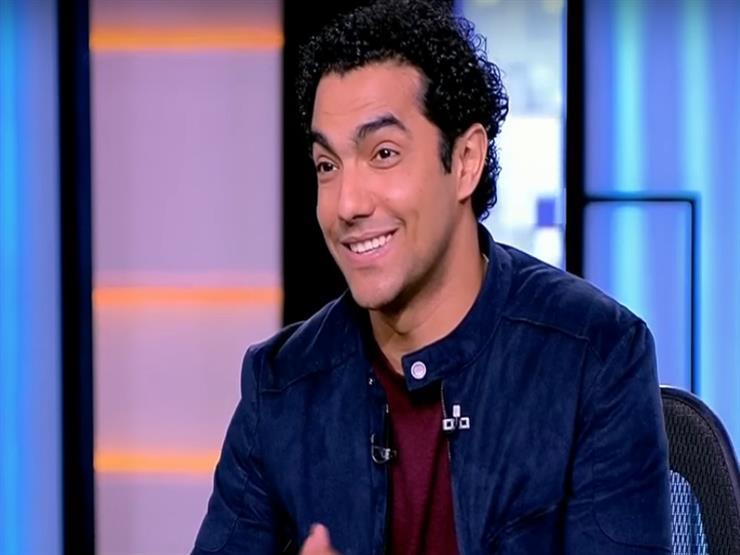 """محمد عادل: """"المسرح أهم حاجة في حياتي"""""""