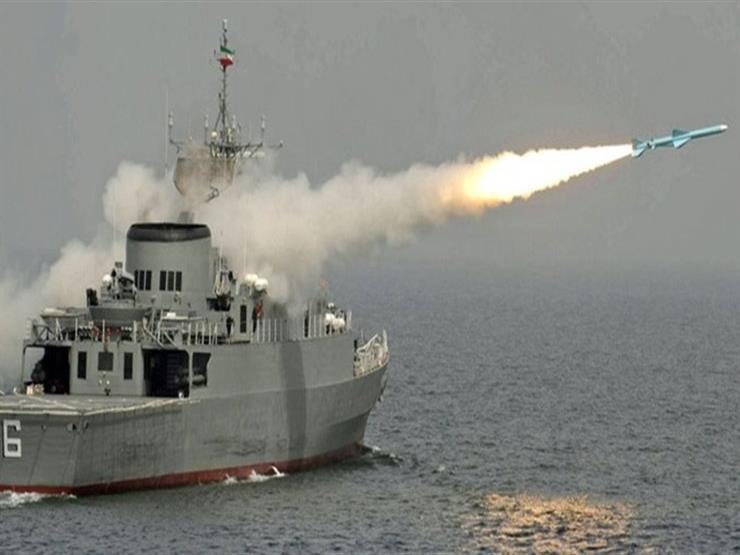 إيران تجري مناورات عسكرية في الخليج