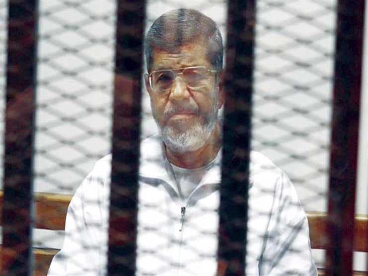 """اليوم.. إعادة محاكمة مرسي و23 آخرين في قضية """"التخابر مع حماس"""""""