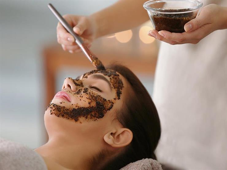 تعرفي على فوائد خلطة البُنّ والزبادي لجمال وجهك؟