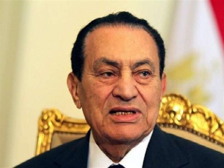 مبارك يطلب إذن رئيس الجمهورية والقوات المسلحة للإدلاء بشهادته في محاكمة مرسي