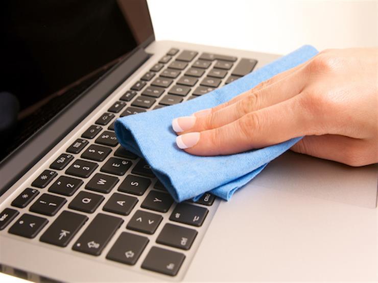 """""""التليفزيون غير التابلت"""".. تعرف على الطريقة الصحيحة لتنظيف الأجهزة الإلكترونية"""