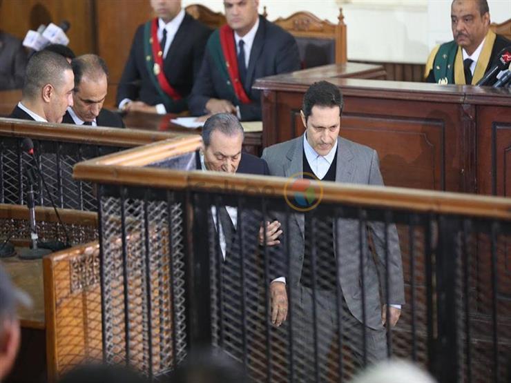 مبارك في اقتحام السجون: المتسللون هربوا عناصر حزب الله والإخوان من السجون